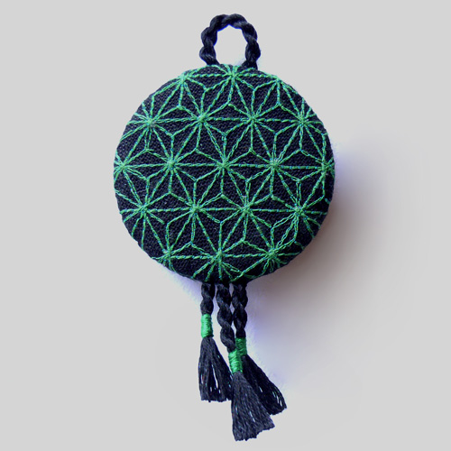 geo green brooch
