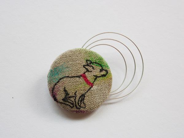 chihuahua brooch